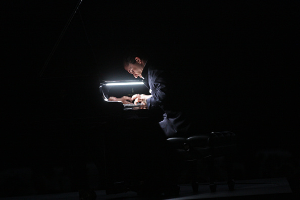 Hiroyuki Ito「Goldberg」:写真・画像(8)[壁紙.com]