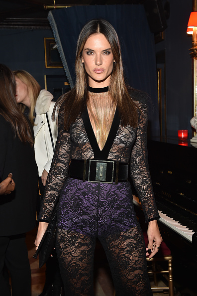 アレッサンドラ・アンブロジオ「Balmain : Aftershow Dinner - Paris Fashion Week Womenswear Fall/Winter 2015/2016」:写真・画像(2)[壁紙.com]
