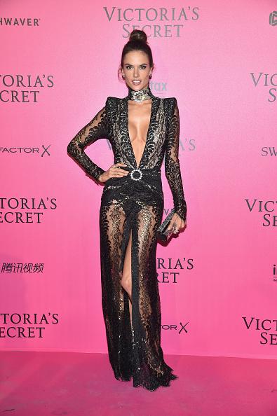 Victoria's Secret「2016 Victoria's Secret Fashion Show in Paris - After Party - Arrivals」:写真・画像(16)[壁紙.com]