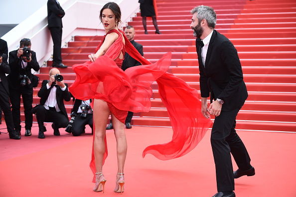 "Cannes International Film Festival「""Les Miserables"" Red Carpet - The 72nd Annual Cannes Film Festival」:写真・画像(2)[壁紙.com]"