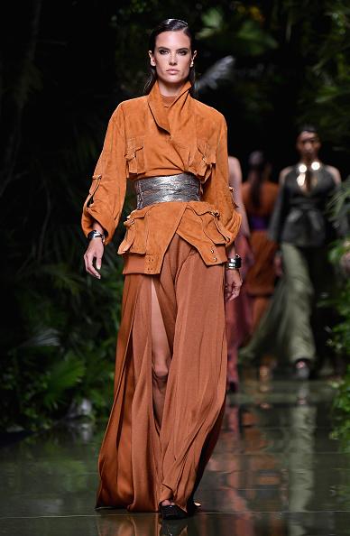 Spring Collection「Balmain : Runway - Paris Fashion Week Womenswear Spring/Summer 2017」:写真・画像(18)[壁紙.com]