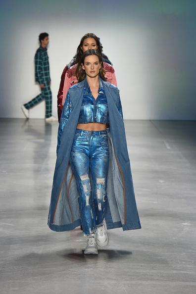 John John Denim「John John Fashion Show @NYFW - Runway」:写真・画像(7)[壁紙.com]