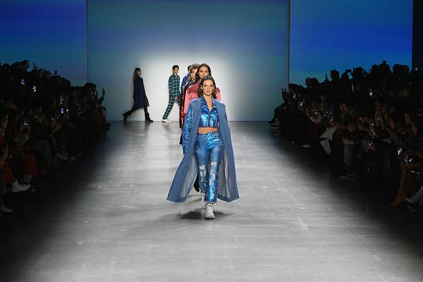 Denim「John John - Runway - February 2019 - New York Fashion Week: The Shows」:写真・画像(9)[壁紙.com]