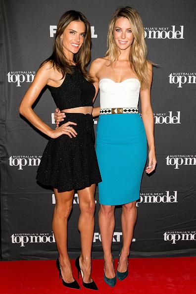 High Waist Skirt「Australia's Next Top Model Elimination - Arrivals」:写真・画像(17)[壁紙.com]