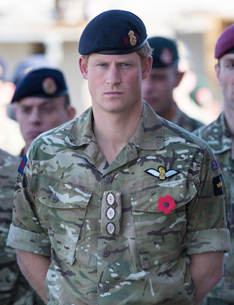 Military Uniform「British Troops In Kandahar Participate In A Remembrance Sunday Service」:写真・画像(0)[壁紙.com]