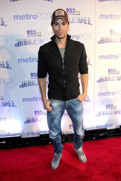 Enrique Iglesias - Singer「93.3 FLZ's Jingle Ball 2013 - Press Room」:写真・画像(11)[壁紙.com]