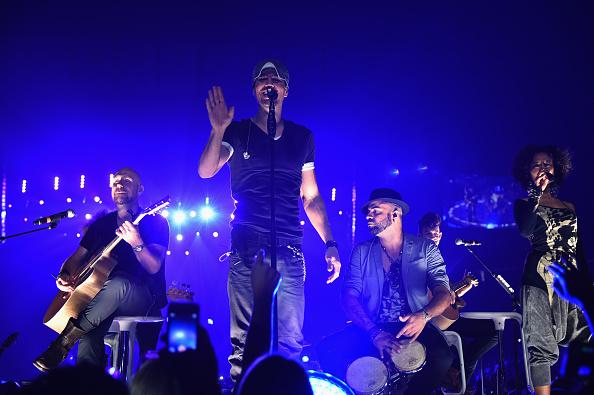 Enrique Iglesias - Singer「Enrique Iglesias and Pitbull Perform at Opening Night of U.S. Tour」:写真・画像(17)[壁紙.com]