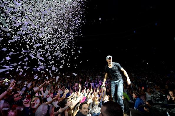Enrique Iglesias - Singer「KISS 108's Jingle Ball 2013 - SHOW」:写真・画像(18)[壁紙.com]