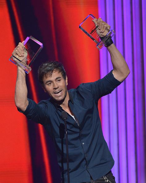 Enrique Iglesias - Singer「2015 Billboard Latin Music Awards - Show」:写真・画像(16)[壁紙.com]