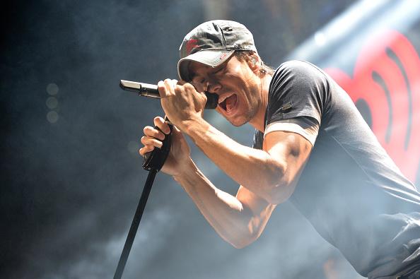 Enrique Iglesias - Singer「93.3 FLZ's Jingle Ball 2013 - Show」:写真・画像(0)[壁紙.com]