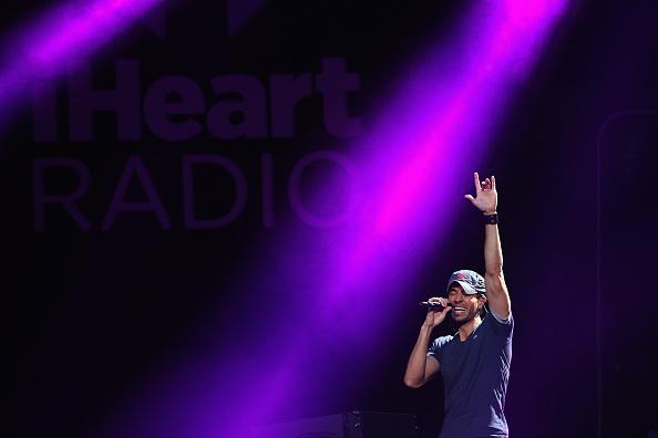 Enrique Iglesias - Singer「101.3 KDWB's Jingle Ball 2013 - SHOW」:写真・画像(19)[壁紙.com]