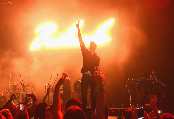 Enrique Iglesias - Singer「103.5 KTU's KTUphoria - Show」:写真・画像(4)[壁紙.com]