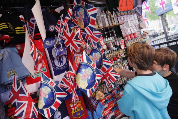 Souvenir「London Prepares For The Diamond Jubilee」:写真・画像(13)[壁紙.com]