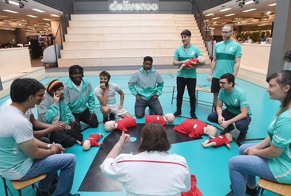 Deliveroo「Deliveroo Launches LifeCycle, It's First Aid Initiative Training At Least One In Ten Of Fleet Of 30,000 Riders Worldwide」:写真・画像(2)[壁紙.com]