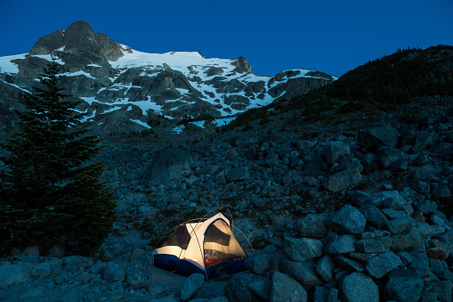 Joffre Lakes Provincial Park「Camping under the night sky」:スマホ壁紙(2)