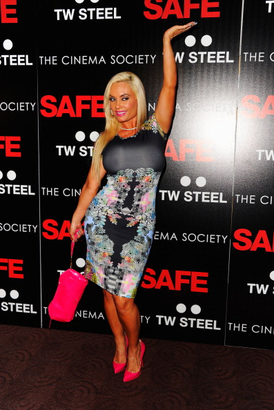 "Human Arm「Lionsgate with The Cinema Society & TW Steel host the premiere of ""Safe""- Arrivals」:写真・画像(1)[壁紙.com]"