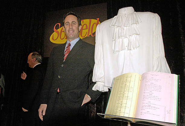 """Smithsonian National Museum Receives """"Puffy Shirt"""" From Jerry Seinfeld:ニュース(壁紙.com)"""