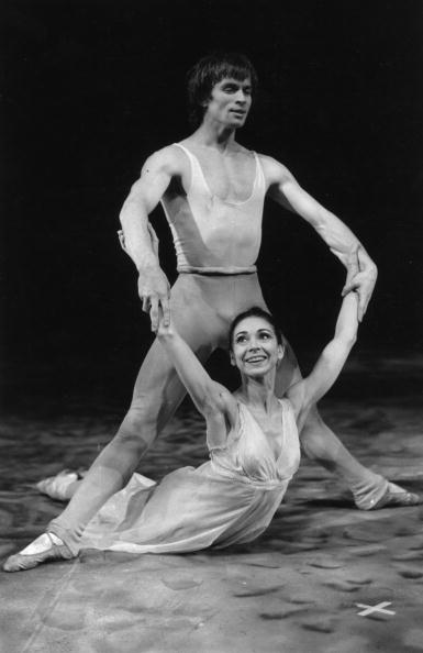 Victor Blackman「Fonteyn And Nureyev」:写真・画像(19)[壁紙.com]