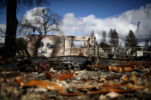 Bestpix「Town Of Paradise Wiped Out By The Camp Wildfire Continues Long Struggle To Rebuild」:写真・画像(1)[壁紙.com]