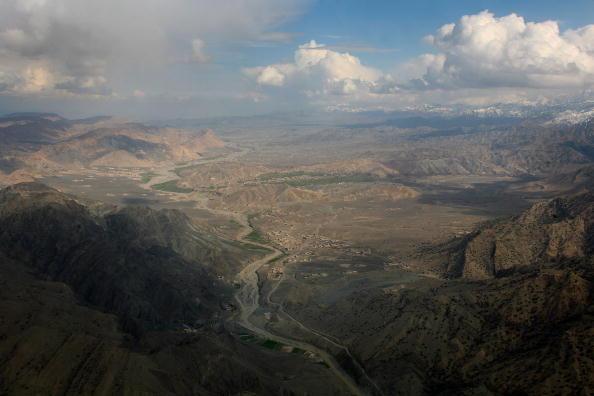 Al-Qaida「Pakistani Army Patrols Taliban Stronghold On Afghan Border」:写真・画像(16)[壁紙.com]