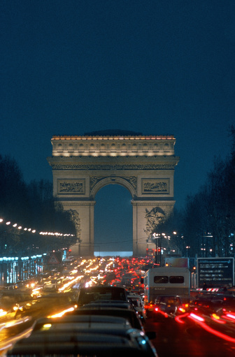 Boulevard「Arc de Triumph and traffic , Paris , France」:スマホ壁紙(16)