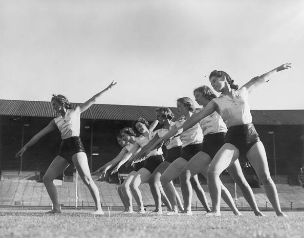 Fred Morley「Pageant Rehearsal」:写真・画像(4)[壁紙.com]