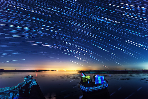 Multiple Exposure「Star Trails on the Lake Simcoe」:スマホ壁紙(10)