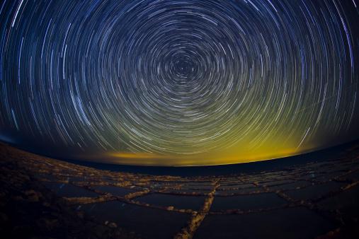 Multiple Exposure「Star Trails - Gozo Salt Pans」:スマホ壁紙(10)