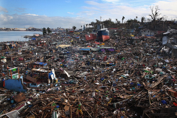 Natural Disaster「Humanitarian Efforts Continue Following Devastating Super Typhoon」:写真・画像(4)[壁紙.com]