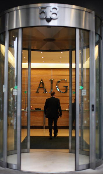AIG「Workers Arrive At The Offices Of Troubled Insurance Company AIG」:写真・画像(7)[壁紙.com]
