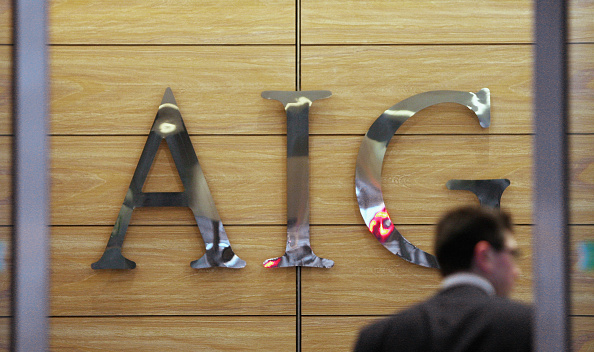 Insurance「Workers Arrive At The Offices Of Troubled Insurance Company AIG」:写真・画像(7)[壁紙.com]