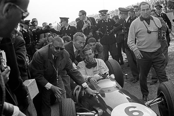 Netherlands「Jim Clark, Colin Chapman, Grand Prix Of The Netherlands」:写真・画像(8)[壁紙.com]