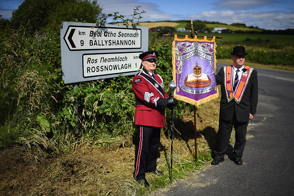 County Donegal「Members Of The Orange Order March Across The Sand At Rossnowlagh」:写真・画像(14)[壁紙.com]