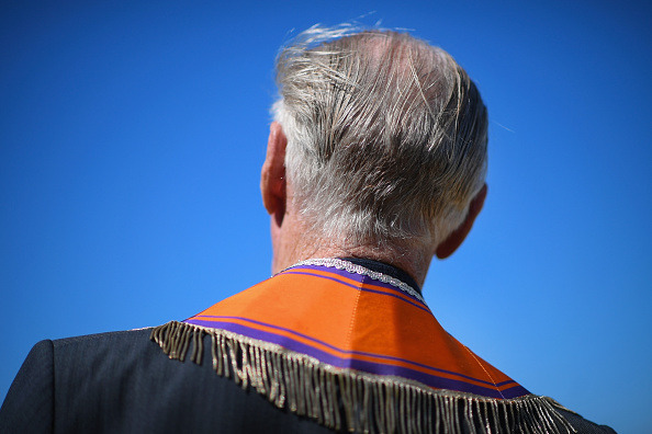 County Donegal「Members Of The Orange Order March Across The Sand At Rossnowlagh」:写真・画像(10)[壁紙.com]