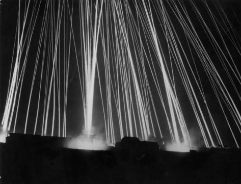 Air Attack「Light Beams」:スマホ壁紙(16)
