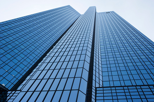 Low Angle View「Germany, Frankfurt, Hesse, glass office building, low angle view」:スマホ壁紙(2)