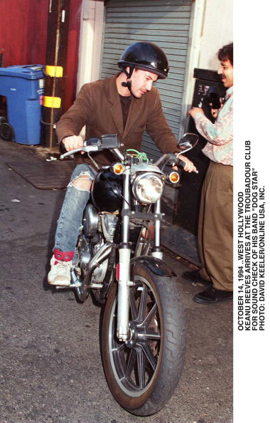 David Keeler「Keanu Reeves Arrives For Sound Check At The Troubador For His B」:写真・画像(12)[壁紙.com]