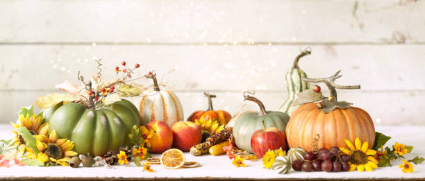 Autumn Pumpkin Background on wood:スマホ壁紙(壁紙.com)