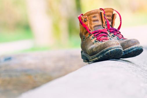 Hiking「mountaineering boots」:スマホ壁紙(19)