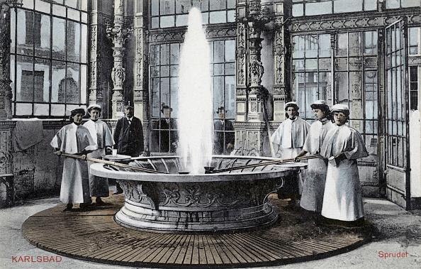 20th Century Style「Carlsbad - spa fountain」:写真・画像(8)[壁紙.com]