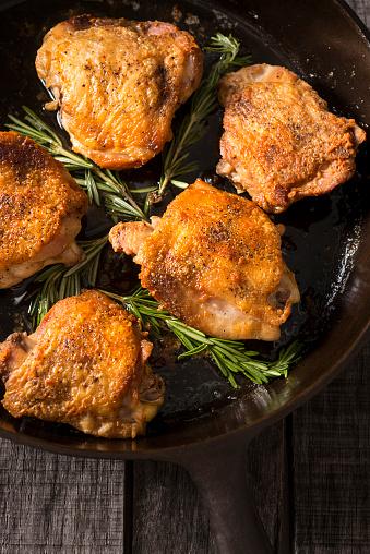 Cast Iron「Roast Chicken Thighs」:スマホ壁紙(1)
