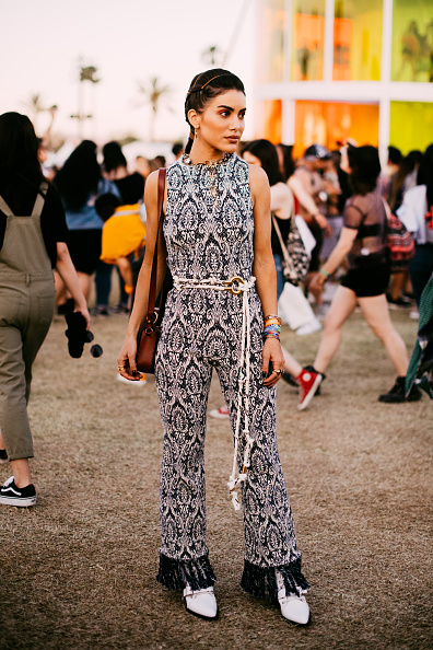 Street Style「Street Style At The 2019 Coachella Valley Music And Arts Festival - Weekend 1」:写真・画像(18)[壁紙.com]