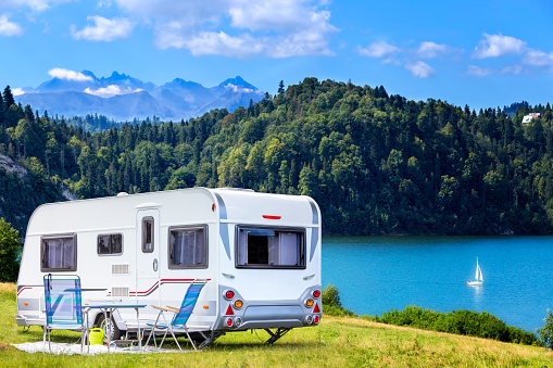 Leisure Activity「Summer scene with Czorsztyn lake and Tatra Mountains landscape, Poland」:スマホ壁紙(6)