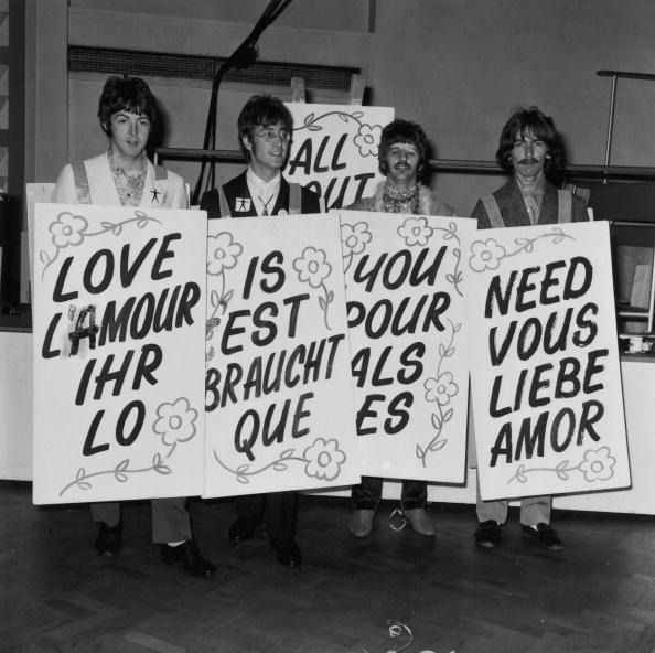 Four People「Multilingual Beatles」:写真・画像(13)[壁紙.com]