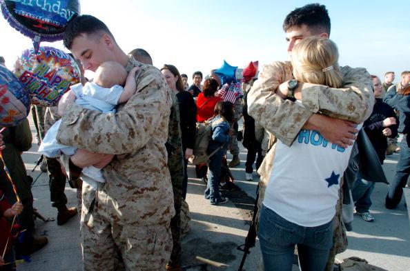 Celebration Event「Some 220 Marines Return From Iraq」:写真・画像(15)[壁紙.com]