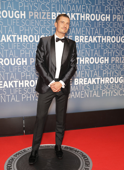 オーランド・ブルーム「2019 Breakthrough Prize - Red Carpet」:写真・画像(5)[壁紙.com]