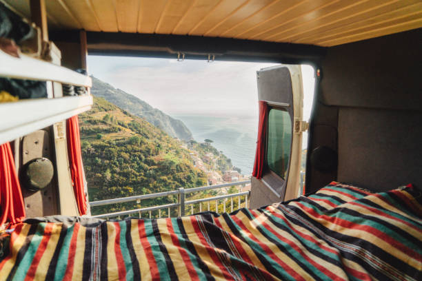 Camper van with view on Cinque Terre seaside  in Italy:スマホ壁紙(壁紙.com)