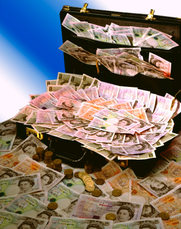 Stuffed「Suitcase full of money」:スマホ壁紙(11)