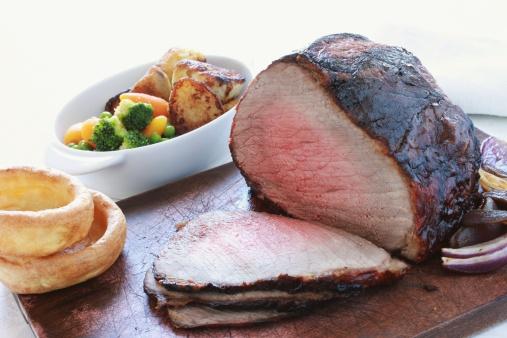 牛「roast beef joint with vegetables」:スマホ壁紙(10)