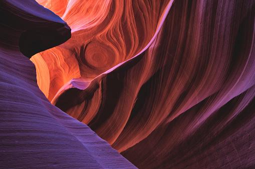 Antelope Canyon「Colorful Light in Lower Antelope Canyon」:スマホ壁紙(16)